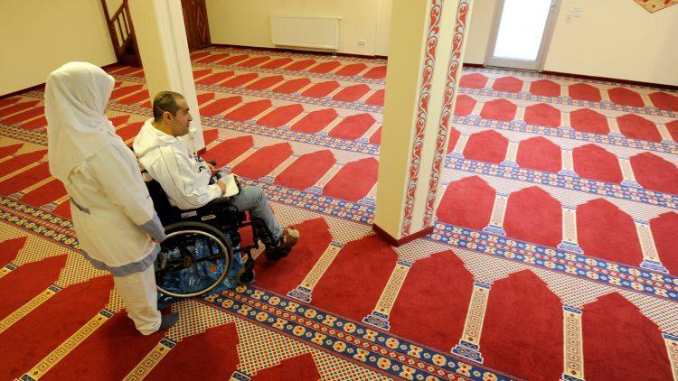 Zu wenige Bewohner hat das muslimisch-orientierte Seniorenhaus. Der Gebetsraum ist fast leer.
