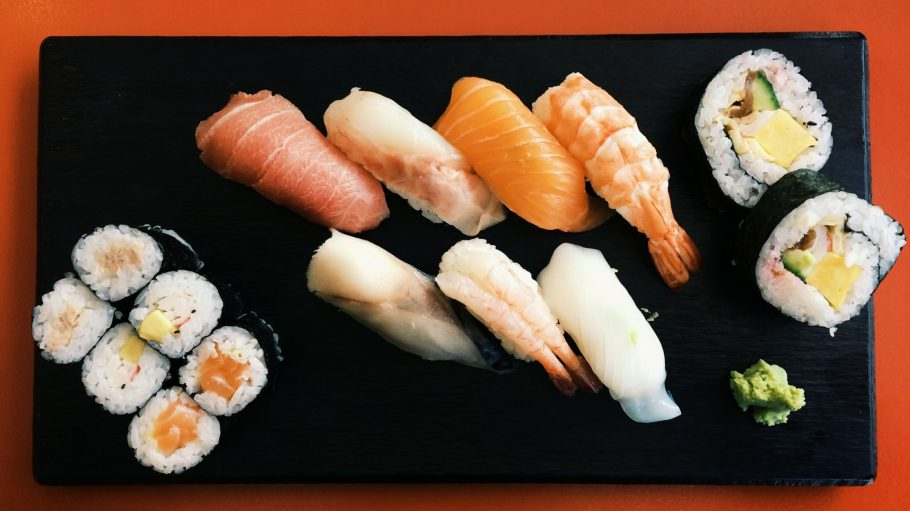 Ein Ishin-Klassiker: das Take Menü mit Big Roll, Makis und Nigiris für 9,80 Euro.