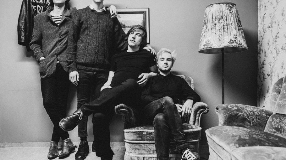Die Berliner Band Isolation Berlin ist heute beim Benefizkonzert Berlin-Paris dabei.