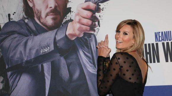 Schauspielerin Katja Kühne weiß, wie frau posiert.