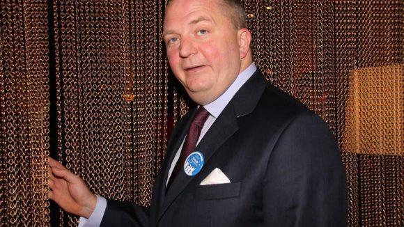 Der Journalist Jörg Thadeusz war gestern Abend ebenfalls anwesend.