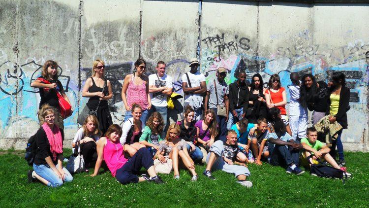 Etwa 30 Schülerinnen und Schüler aus Berlin und Frankreich nahmen am Jugendcamp des Deutsch-Französischen Jugendwerks und des Centre Français teil.
