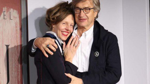 Donata und Wim Wenders wollten dem Künstler ebenso die Ehre erweisen wie ...