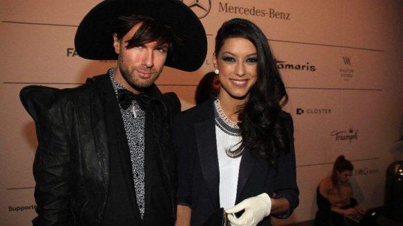 Dann waren da noch Jungdesigner André Borchers mit Fashion Week-Dauergast Rebecca Mir.