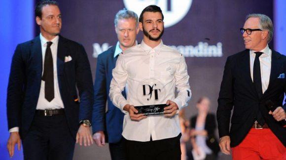 """Designer Matteo Lamandini (Mitte) war Sieger der """"Designer for Tomorrow""""-Show. Star des Nachmittags: Designer Tommy Hilfiger (r.)."""