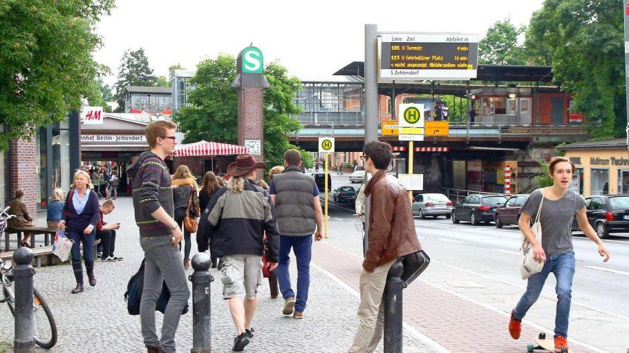 Junge Menschen sind - zumindest statistisch - eher selten in Steglitz-Zehlendorf zu sehen.