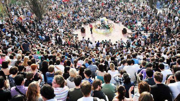 Kultveranstaltung: Karaoke im Mauerpark kann weiter stattfinden