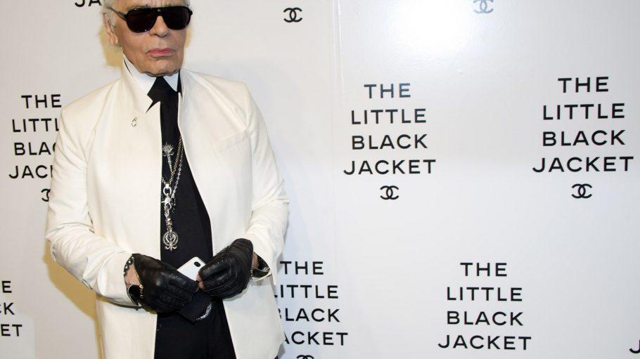 """Karl Lagerfeld bei der """"The Little Black Jacket""""-Ausstellung in New York im Juni."""