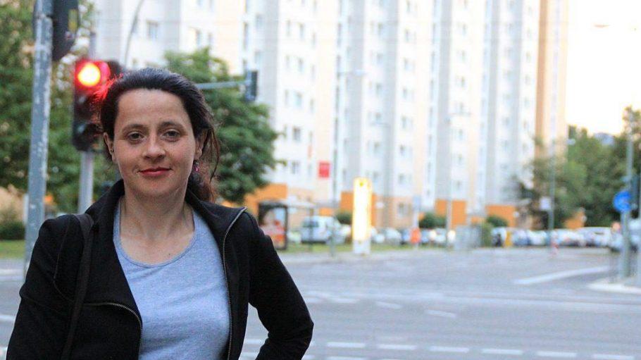 Wohnen in Berlin wird teurer, auch weil Mietwohnungen in Eigentumswohnungen umgewandelt werden. Katrin Rothe hat dies am eigenen Leib erfahren – und einen Film daraus gemacht.
