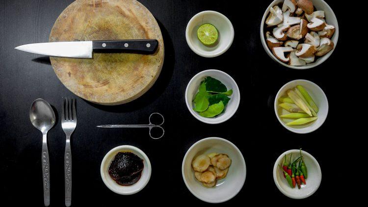 Unsere Essgewohnheiten auf dem Seziertisch: Was essen wir und warum? Das klärt sich heute im Tischgespräch.