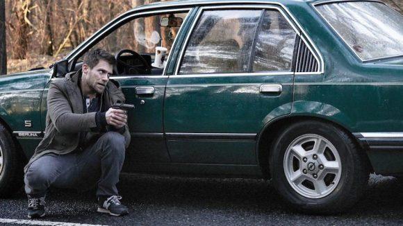 Diese Autofahrt nach Berlin hat es in sich. Frank (Ken Duken) in einer brenzligen Situation.