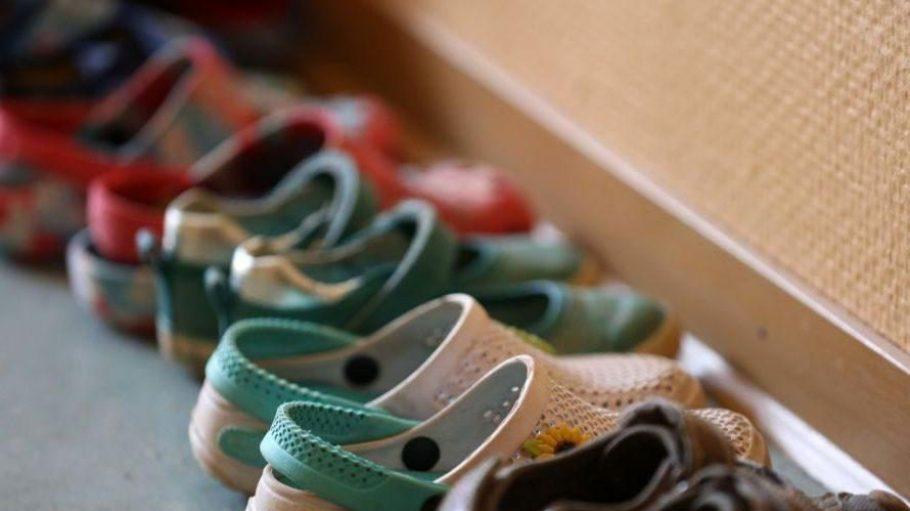 Schuhe sind das wichtigste Kleidungsstück! Eltern sollten sich beim Kinderschuh-Kauf richtig beraten lassen.