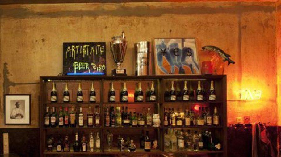 Seit fünf Jahren ist die King Size Bar Anlaufstelle für Berlins Nachtschwärmer. Nun droht das Aus.
