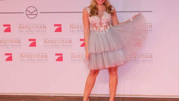 Bei Anne Julia Hagen, Miss Germany 2010, ist bereits der Sommer da.