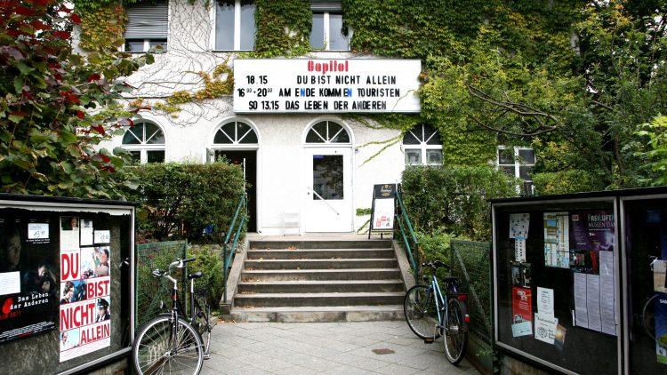 Capitol: Kinovilla im grünen Dahlem, einen Steinwurf von der FU entfernt