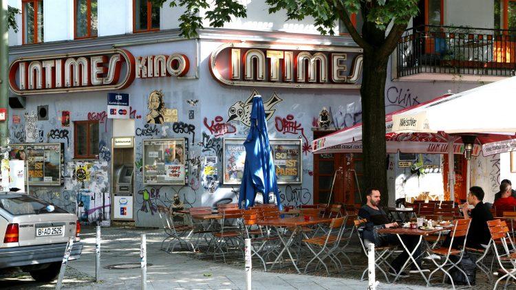 Arthouse-Filme zeigt das Kino Intimes in Berlin-Friedrichhshain.