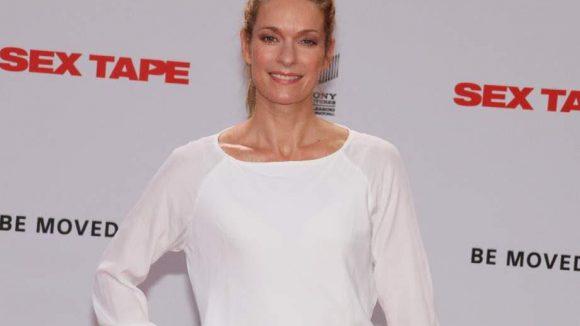 """Zu der überschaubaren Zahl Prominenter, die zur """"Sex Tape""""-Premiere ins Sony Center kamen, zählten Schauspielerin Lisa Martinek ..."""