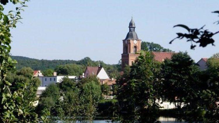 Schöne Idylle: die Kurstadt Buckow am See.