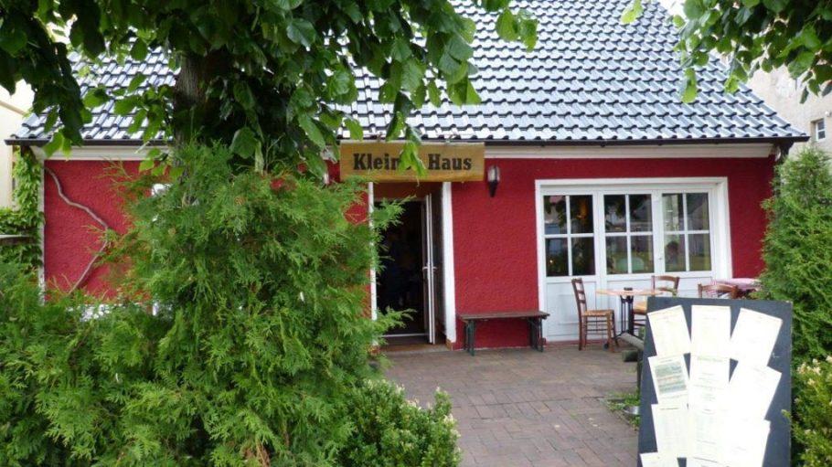 Der Name ist Programm: Das Kleine Haus in Linum bietet einfache Gerichte auf gutem Niveau.