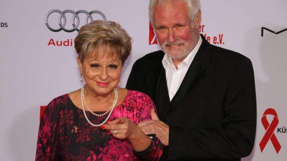 Moderatorin Dagmar Frederic kam in Begleitung ihres Mannes Klaus Lenk.