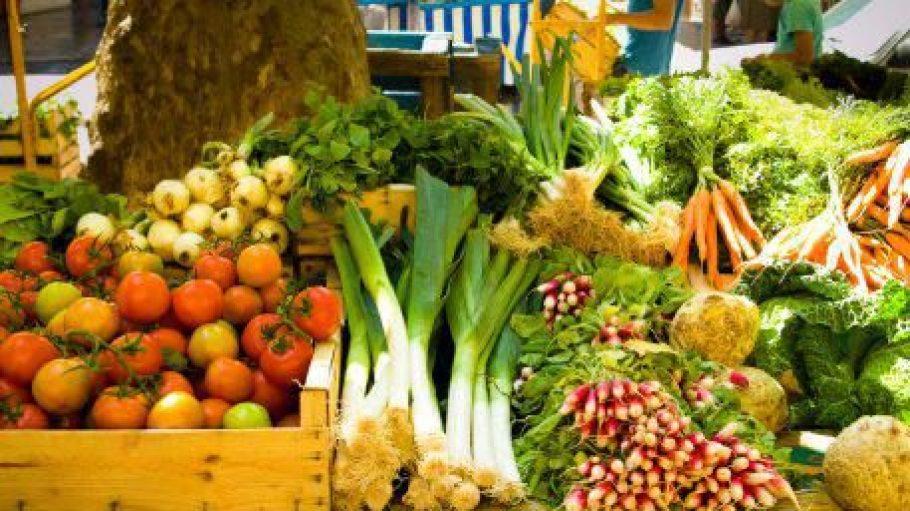 Auf Ökomärkten kann man tolle, regionale Produkte kaufen und den Erzeuger direkt unterstützen.