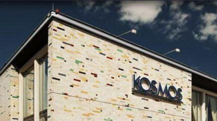 Früher Kino, heute Rundum-Eventlocation: Das Kosmos gehört seit 50 Jahren zu Berlin.