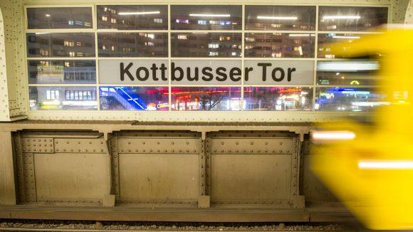 Das Kottbusser Tor soll wieder sicherer werden. Auch wenn dafür private Sicherheitsdienste nötig sind.