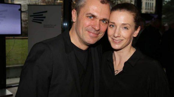 """""""Kriminelles"""" Power-Paar: Schauspielerin Kristin Meyer (SOKO) mit ihrem Ehemann, dem Tatort-Regisseur Patrick Winczewski."""