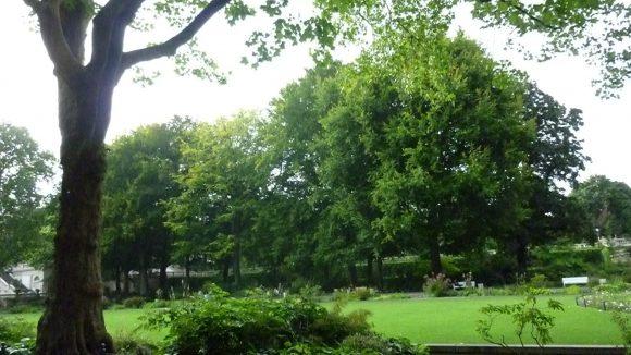 Sie haben ihr Ziel erreicht: Hier endet der Märchenpfad, der am Tempelhofer Feld beginnt, seine Spuren zu hinterlassen...