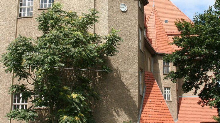 Arbeiten, lernen, diskutieren, zusammen abhängen - im Kultur- und Bildungszentrum Raoul Wallenberg