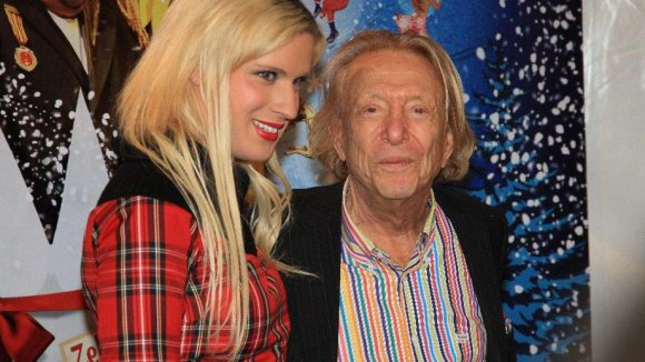 Kultfigur Rolf Eden kam mit TV-Transe Raphaela Salentin.