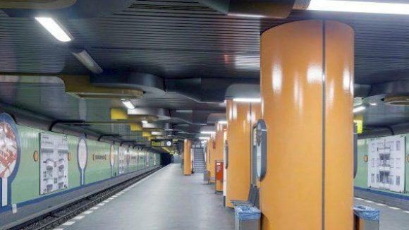 Auch die U-Bahnstation Siemensdamm kann sich derzeit mit künstlerischen Werken schmücken.