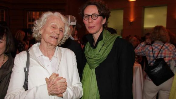 Modedesignerin Anna Kleihues brachte ihre Mutter zur Eröffnung mit.