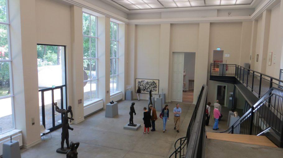 Überraschend gewaltig: Blick von der neuen Galerie des Kunsthaus Dahlem.