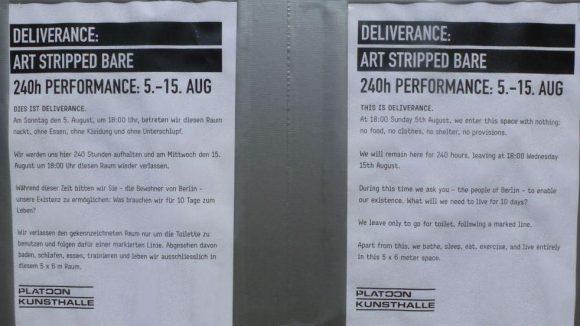 Damit sie auch die nötige Unterstützung von vorbeikommenden Nachbarn und Touristen bekommen, haben die Künstler ihr Projekt auf einer großen Tafel erklärt.