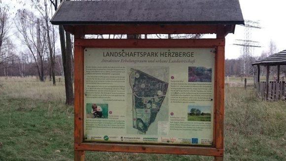 Am attraktivsten ist der südlich der Tramstrecke gelegene Teil des Landschaftsparks.
