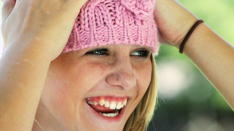 Das Schönste, das man tragen kann, ist ein Lächeln – dafür braucht man aber gesunde Zähne.