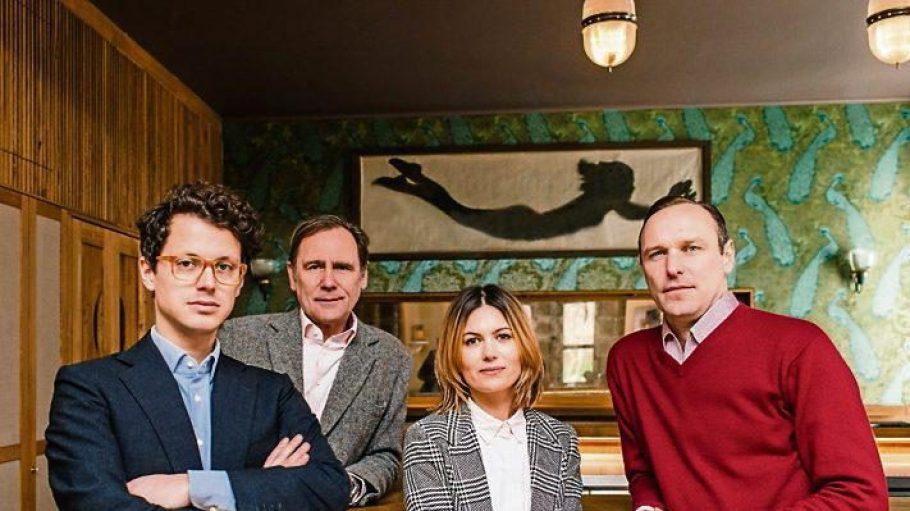 Royaler Zuwachs. Die Schauspielerin Jeanne Tremsal wird Gastgeberin im Petit Royal, das neue Projekt des Erfolgstrios Moritz Estermann, Stephan Landwehr und Boris Radzun (von links).