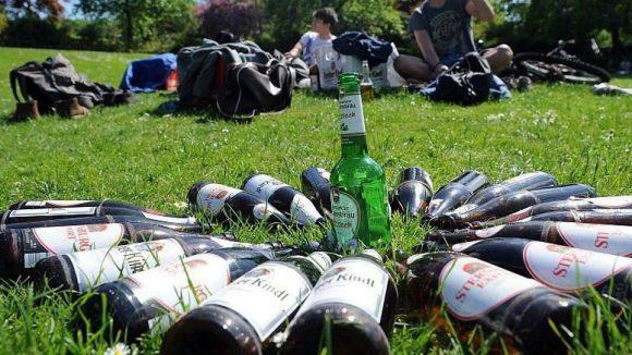Bald soll es in Charlottenburg-Wilmersdorf eine noch elegantere Möglichkeit geben, die eigenen Flaschen bedürftigen Sammlern zu hinterlassen.