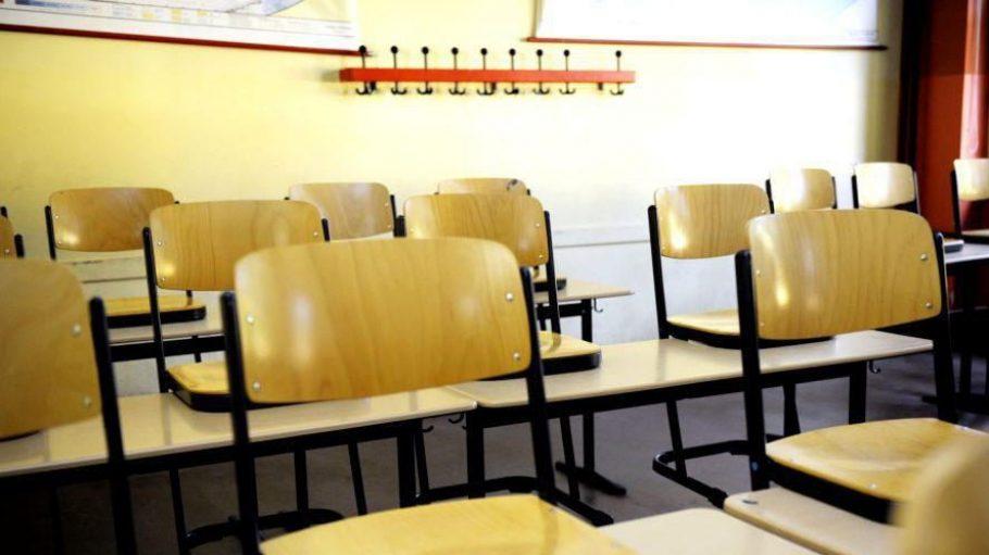 Leere im Klassenzimmer: Am Montgolfier-Gymnasium helfen nun zwei Krisenmanager.