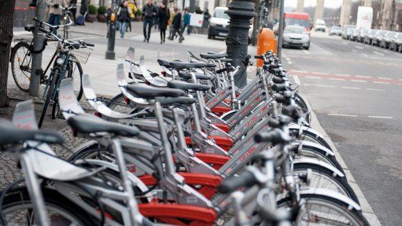 Der Klassiker: Call-a-Bike-Räder der Bahn soll es auch weiter am Straßenrand geben.