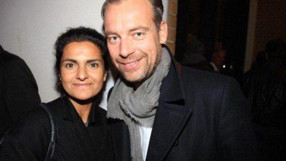 """Auch zu Gast: Leyla Piedayesh, die Modeschöpferin des Labels Lala Berlin, an diesem Abend mit Robert Schneider unterwegs. Er ist der Chefredakteur der """"SuperIllu""""."""