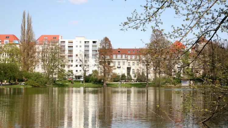 Erholung mitten in der Stadt: Der Lietzensee in Charlottenburg.