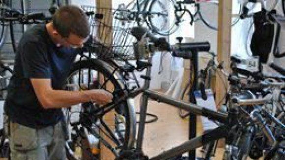Fahrrad-Check gefällig? Bei Little John Bikes in Prenzlauer Berg gibt es noch bis Juli eine Sonderaktion.