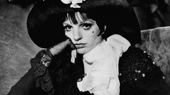 """Trotz Trotzblick gab es 1972 für Liza Minnelli und ihren Auftritt in Cabaret den """"Academy Award"""" als beste Hauptdarstellerin."""