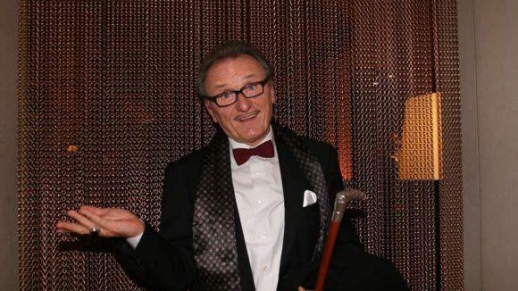Lo Graf von Blickensdorf ist selbsternannter Graf. Und in dieser Rolle erschien er auch zur Gala.