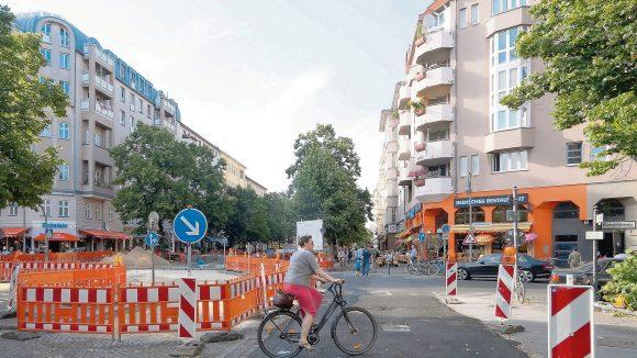 """Maaßenstraße in Schöneberg wird zur verkehrsberuhigten """"Begegnungszone""""."""