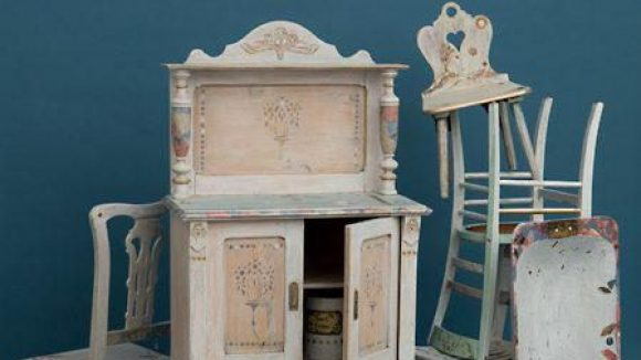 Mabellevie bringt schöne alte Möbel wieder auf Vordermann.