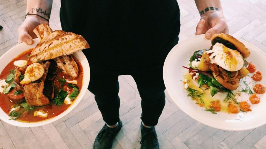 Soulfood zum Niederknien gibt's im neuen Sweethearts Café in Neukölln.