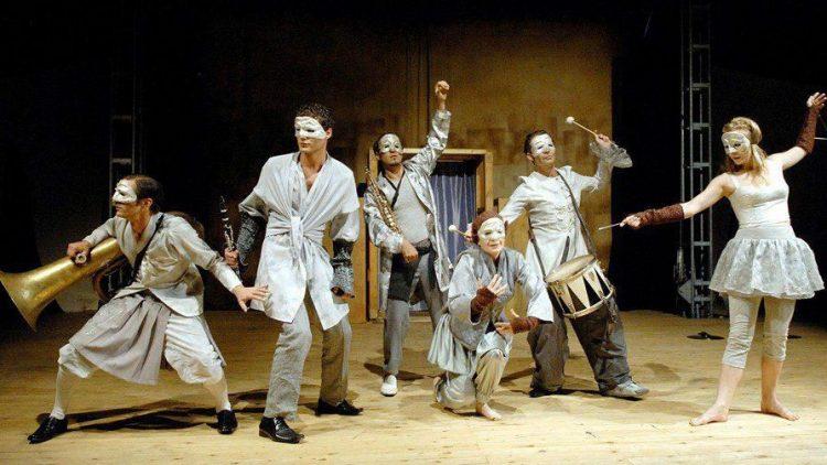 Ursprüngliches Volkstheater: Englische Dramen, interpretiert von der Shakespeare Company Berlin.